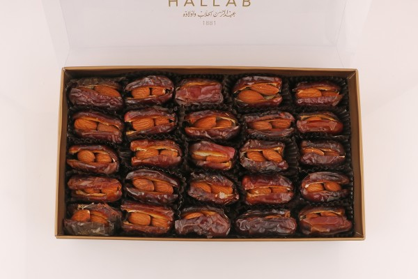 Dates With Almonds Box
