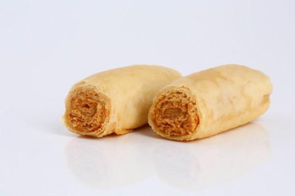 Assabeh (Baklava Fingers) Cashew Nuts