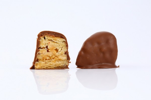 Baklava Peanut Dipped in Chocolate